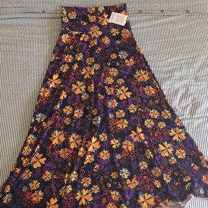 LuLaRoe Maxi skirt Medium